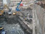 Alte Stadtmauer in Baugrube Luxushotel am 18.11.2013