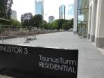 Betonflächen an Wallanlage_Taunusturm