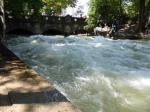 Surfwelle 1 im Eisbach Englischer Garten München