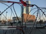 EZB hinter Natodraht